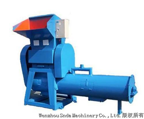 Soft material crusher